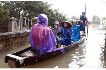 Huế ngừng mưa, nước các sông đã xuống