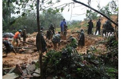 Quảng Nam 8 người chết, vùng hạ du ngập sâu
