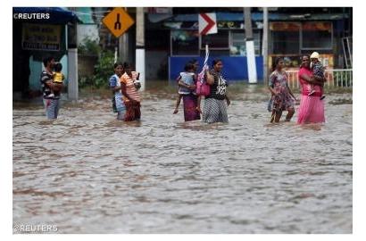 Sri Lanka, các em học sinh cung cấp 275 gói thức ăn cho nạn nhân lũ lụt