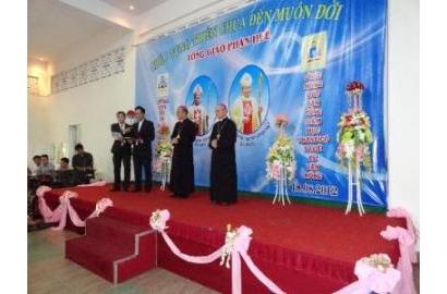 Đại diện Caritas Việt Nam tham dự Thánh lễ Tạ ơn của Đức Tân Tổng Giám Mục Phanxicô Xaviê Lê Văn Hồng