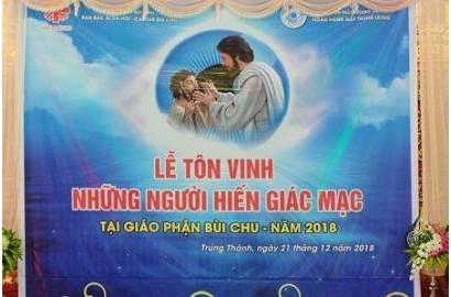 caritas Bùi Chu: Lễ Tôn Vinh Những Người Hiến Giác Mạc