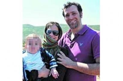 Người mẹ trẻ Chiara Corbella từ chối điều trị ung thư vì người con đang cưu mang.