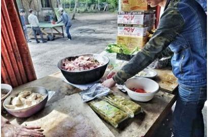 Bên trong trại của người Việt tìm đường nhập cư trái phép vào Anh