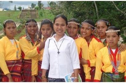Ngoại trưởng Tòa Thánh ca ngợi các nữ tu dấn thân chống nạn buôn người và thúc đẩy hòa giải
