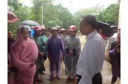 Caritas Hà Nội –  đến với anh chị em vùng lũ lụt miền Trung