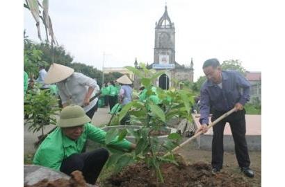 Caritas Hải Phòng: Ra quân bảo vệ môi trường tại Giáo xứ Xuân Quang