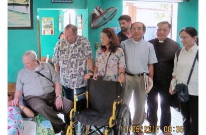 Caritas Huế và Đoàn American Wheelchair Mission tại Thừa Thiên - Huế