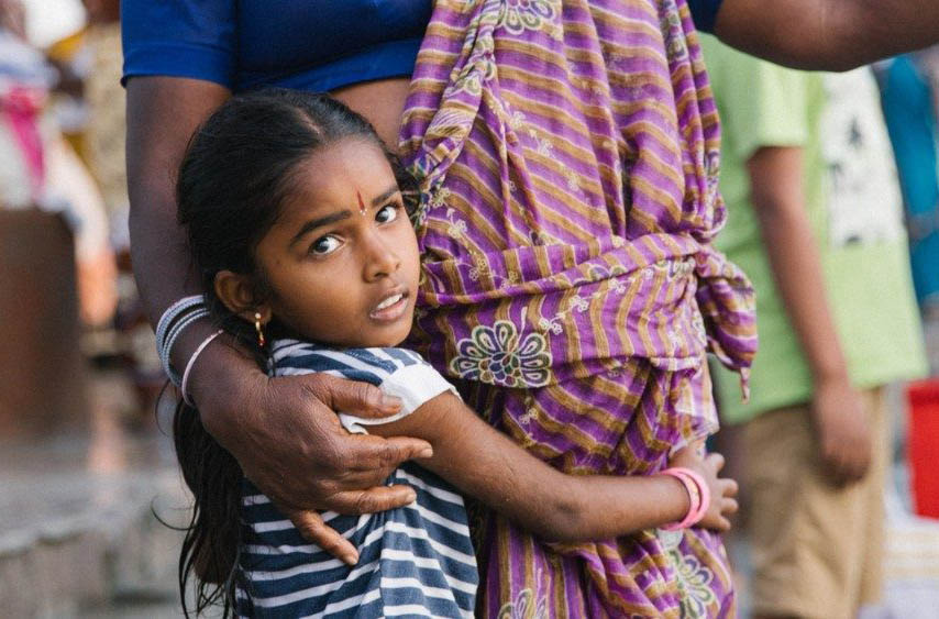 Bà Mukaluvilayil Sameul Sunil, giáo sư về hưu xây 175 ngôi nhà cho người vô gia cư