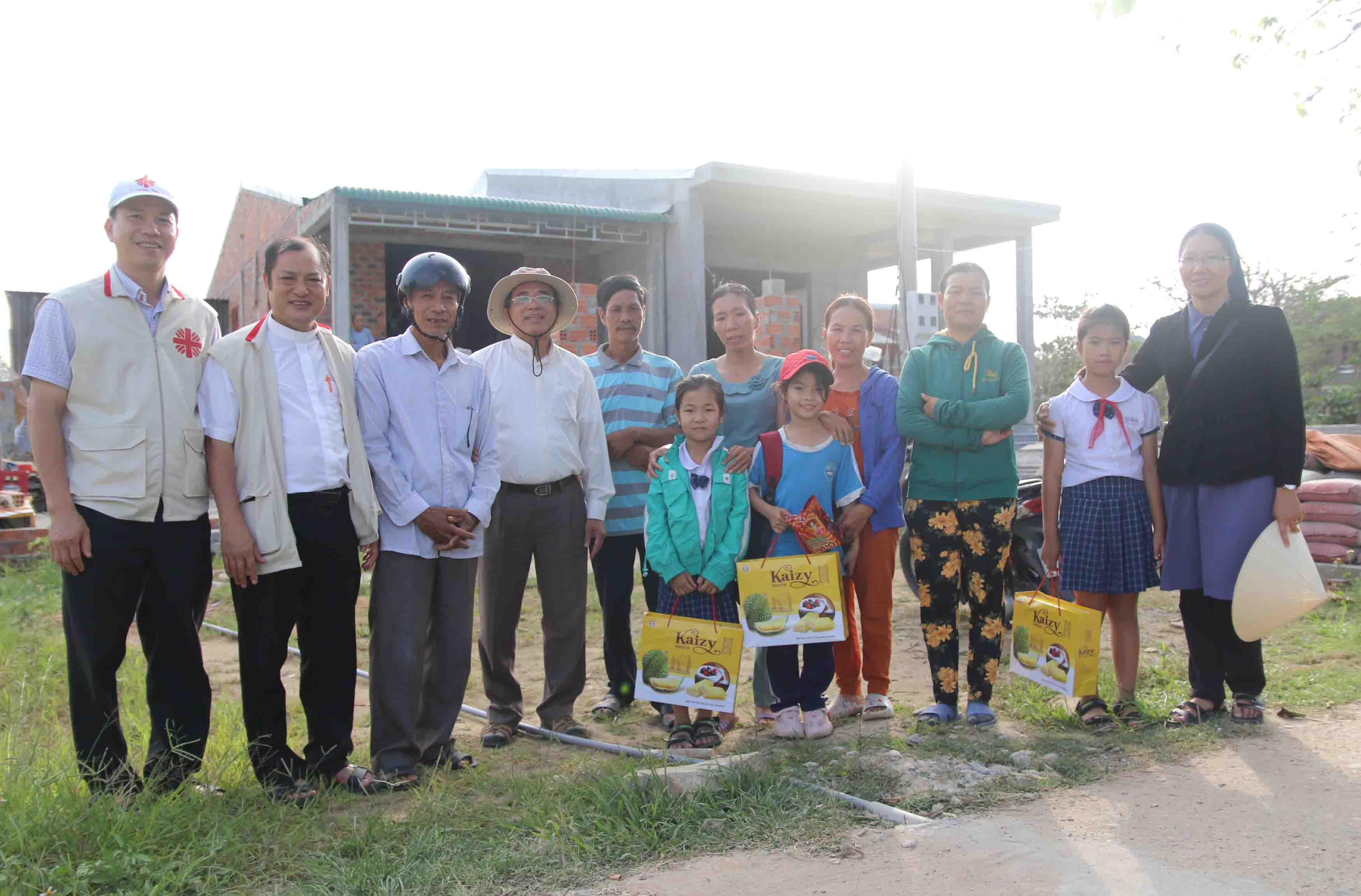 Caritas Việt Nam: Chuyến đi thực tế thăm các Gia đình được hỗ trợ phục hồi sau bão lũ 2020 tại TGP. Huế