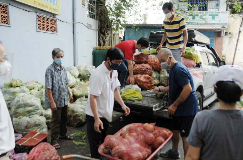 Caritas Sài Gòn: Những tấm lòng sẻ chia không mệt mỏi