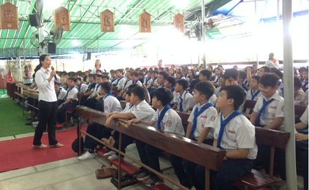 Caritas Việt Nam: Truyền thông kiến thức phòng tránh tệ nạn bắt cóc và buôn người cho các em thiếu nhi tại giáo điểm Vĩnh Lộc B