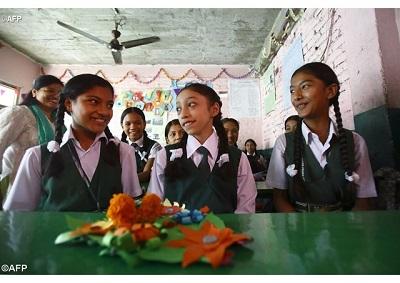 Giáo dục và việc làm - Giải pháp cho vấn nạn buôn người ở Nepal
