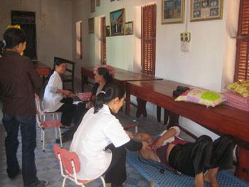 Caritas Bắc Ninh tổ chức khám bệnh miễn phí cho người nghèo