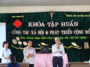Khai mạc khóa Tập huấn Công tác Xã hội và Phát triển Cộng đồng tại TGM Bùi Chu