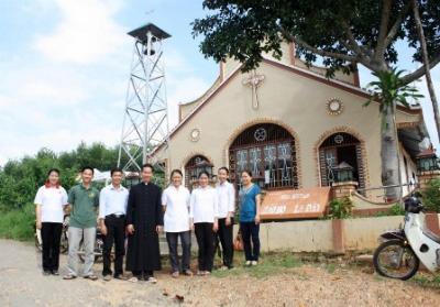 Caritas Phan Thiết bàn giao nhà máy nước cho Giáo họ La Dày